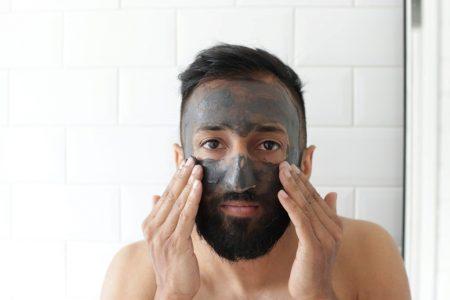 Kanel-Aura-nettoyer-sa-peau-homme
